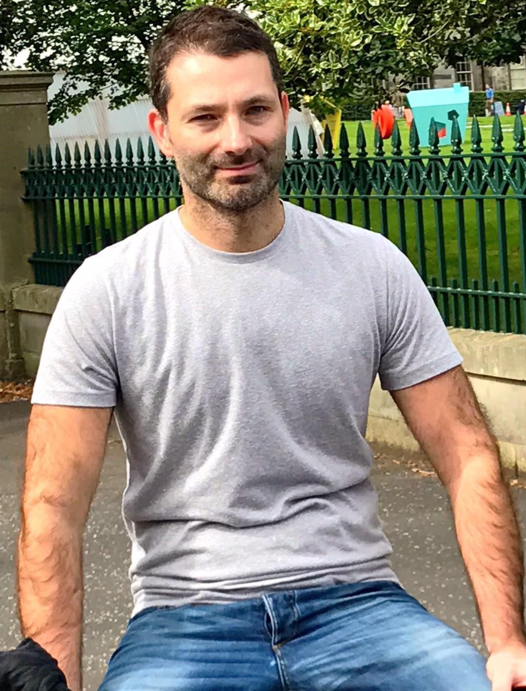 Single Man From Edinburgh In United Kingdom Looking For